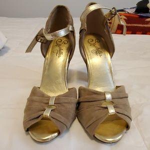 Seychelles Gold Suede Peep Toe Heels 8M